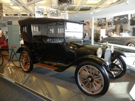 1915 Dodge Touring Car