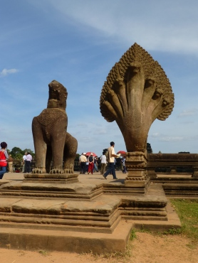 Naga and Lion guarding causeway to Angkor Wat