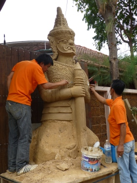 Sand sculptors at work