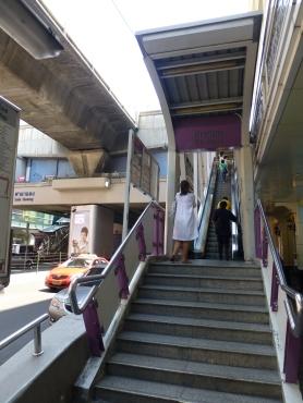 Entrance to the Sala Daeng BTS Station