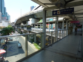 Skybridge connecting BTS and MRT