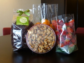Yesterday's purchases -- cookies, cashews, oranges and strawberries