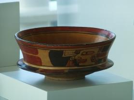 Ceramic bowl at Museo Maya de Cancún