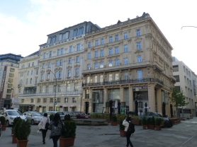 Ambassador Hotel in Neuer Markt Square