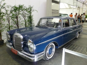 1959 Mercedes-Benz 300SE Sedan