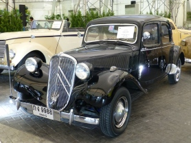 1953  Citroën  11CV