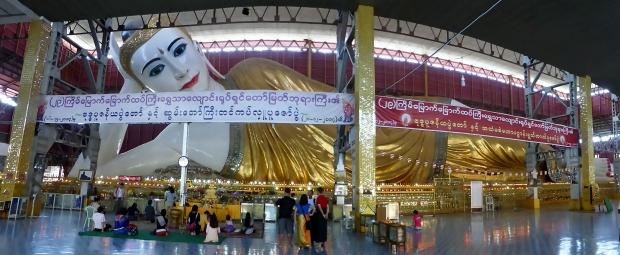 Reclining Buddha at Chauk Htat Gyi Pagoda